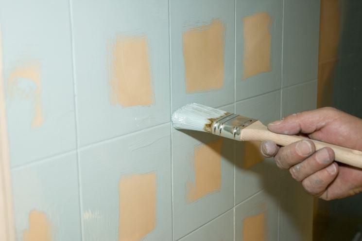 Devo per forza mettere le piastrelle in cucina colour factory - Verniciare le piastrelle ...