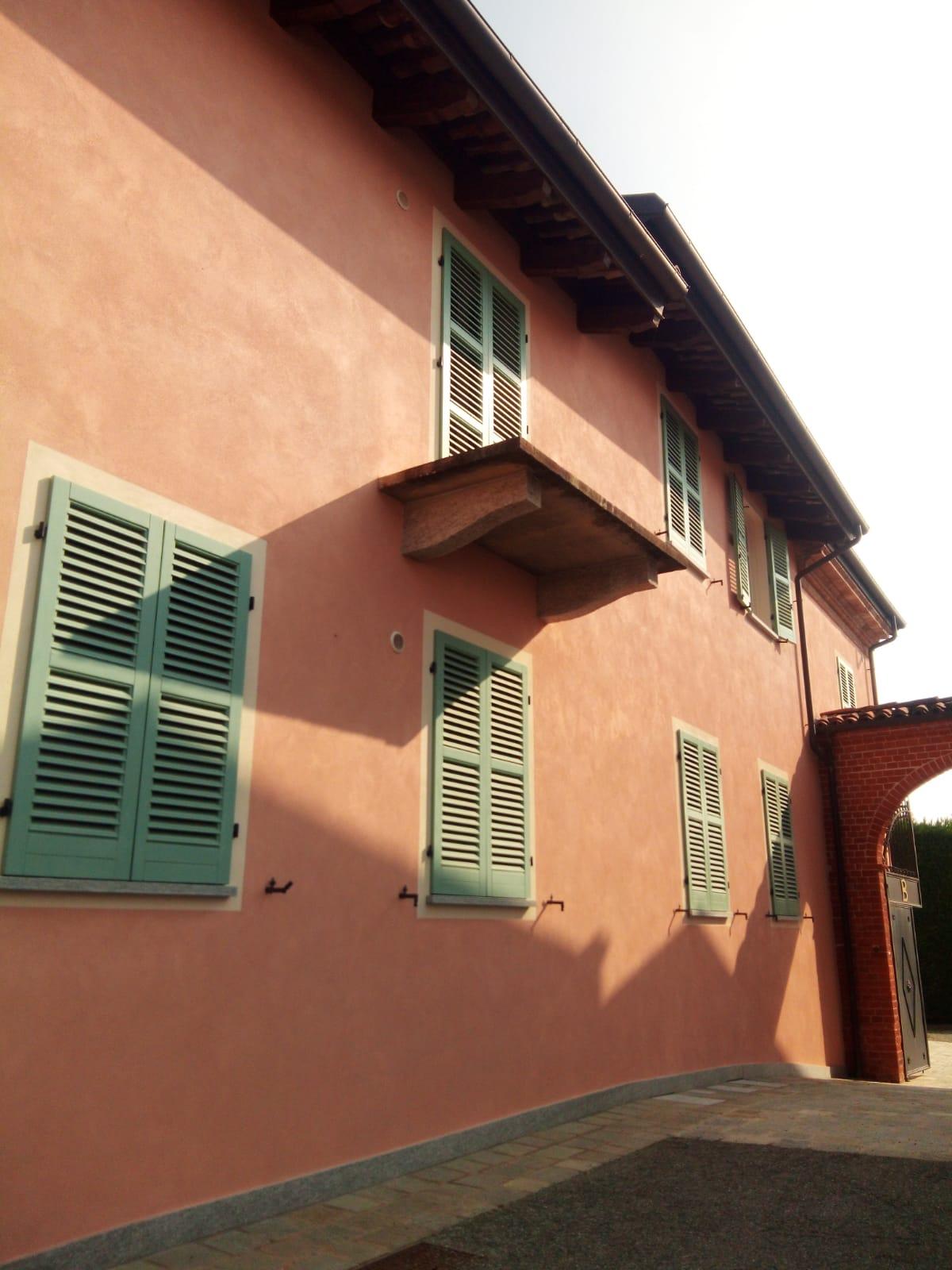 Colori Per Pittura Esterna Casa tinteggiatura esterna della casa: una finitura unica, con